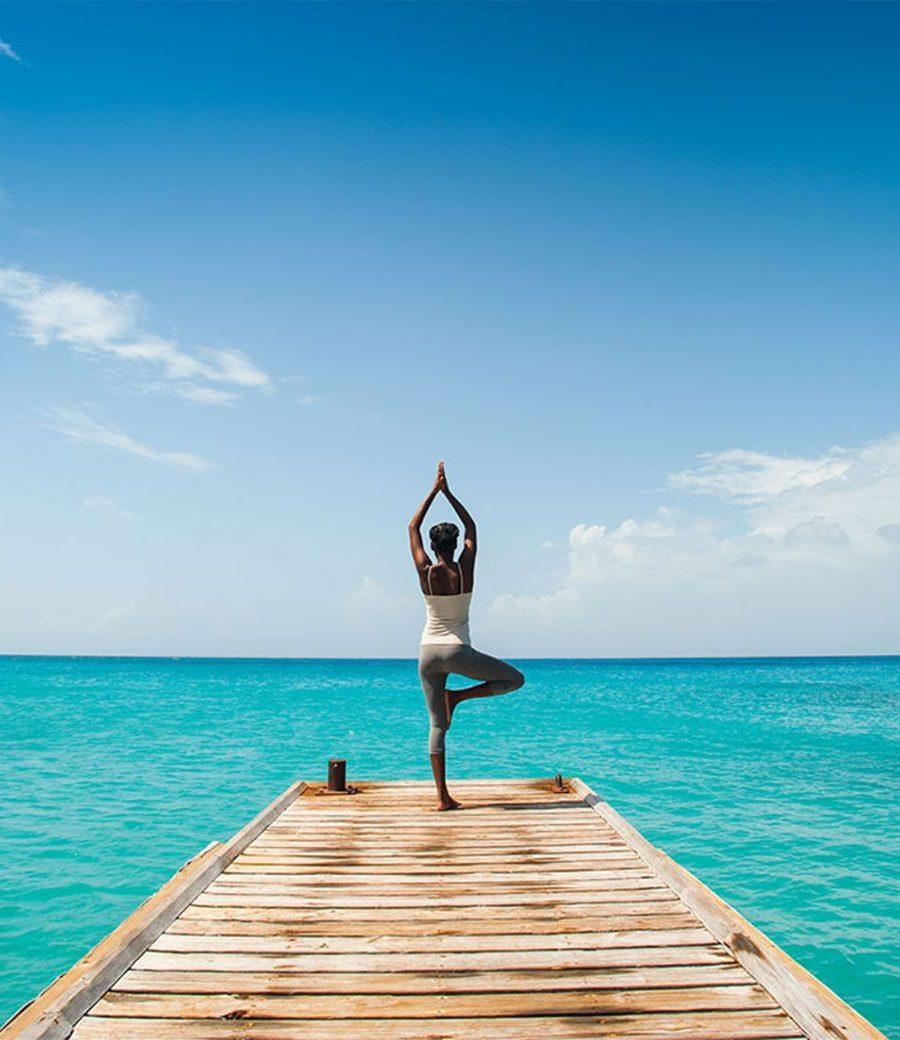 Yoga on Jettee